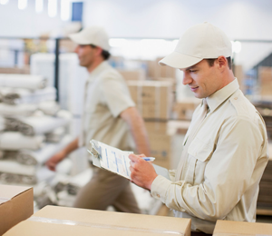 shipping center Man with clipboard